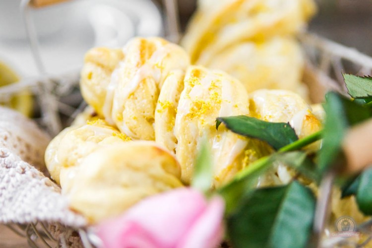 Cream Cheese Lemon Zöpfe – supersaftige Hefeteilchen…