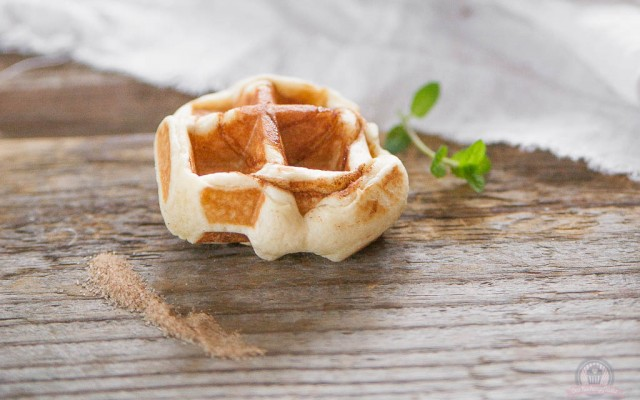Zimtschnecken Waffeln – Warum nicht einfach mal den Kuchen umfunktionieren?