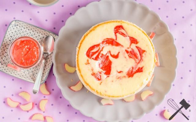 Rhabarber-Curd-Cheesecake – ein Gastbeitrag von Law of Baking…